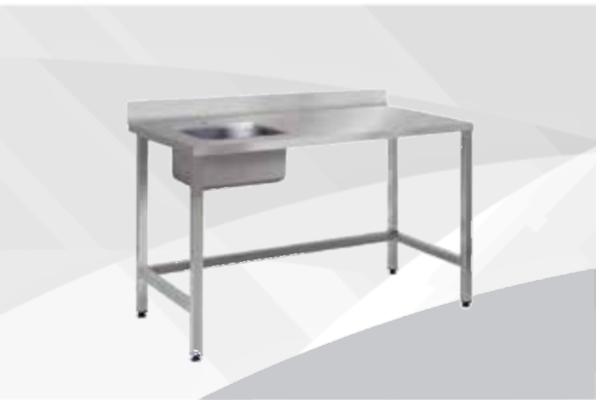 Table inox avec évier